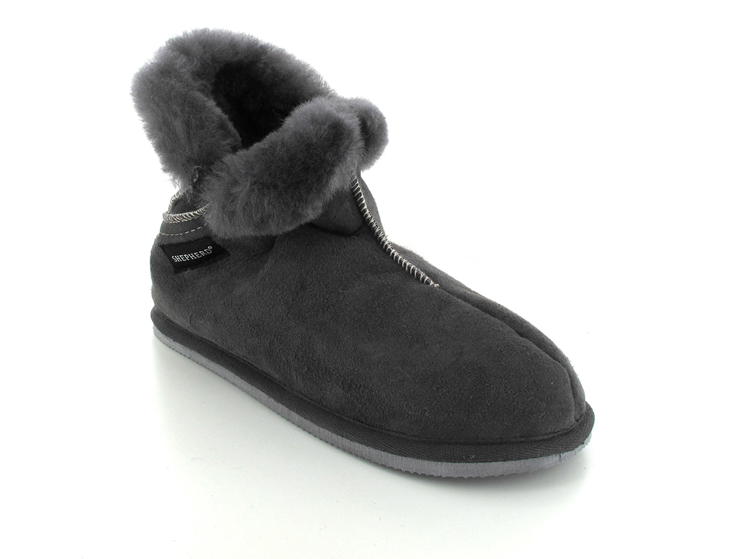 Shepherd Warm Sheepskin Slipper Oskar Asphalt Free